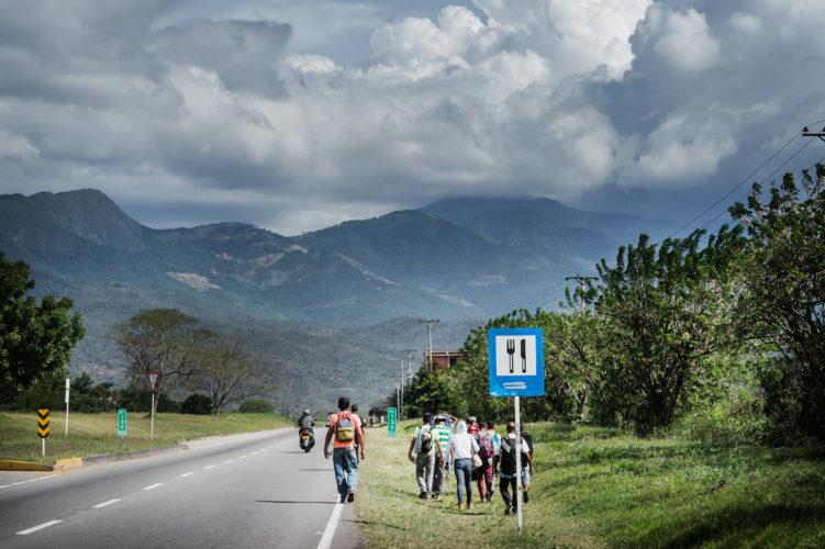 Colombia, refugees Venezuela _ Mona van den Berg Fotografie-4
