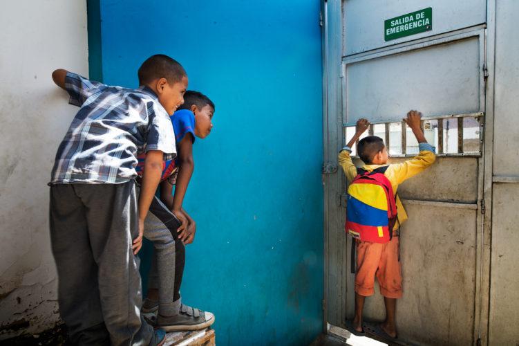 Colombia, refugees Venezuela _ Mona van den Berg Fotografie-6