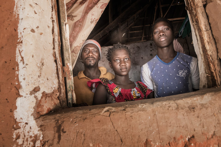 family strengthening programs - SOS - Mona van den Berg-3